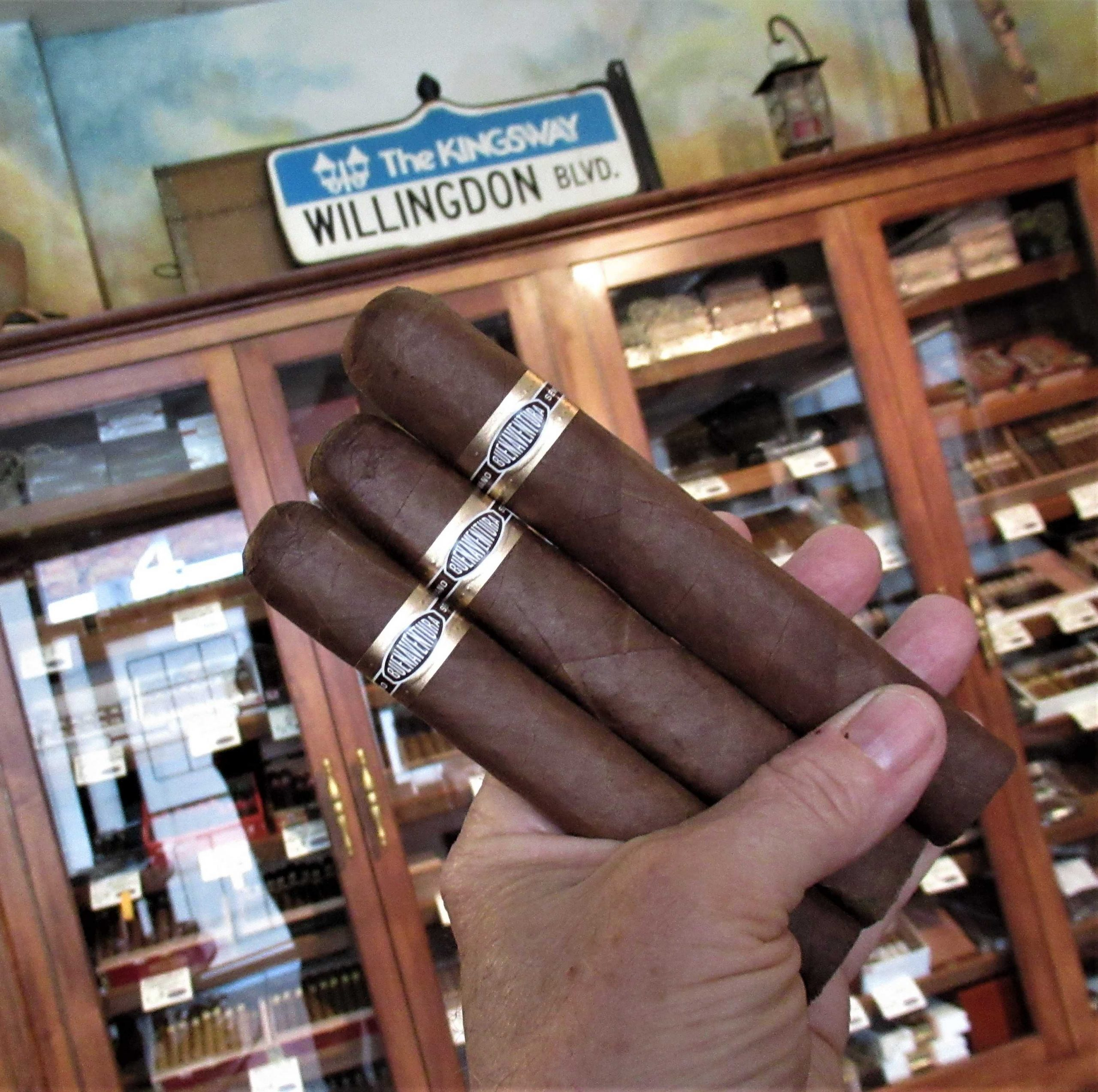 Old School Cuban Flavor Cigars 3 Pack with a Robusto, Toro and Gordo