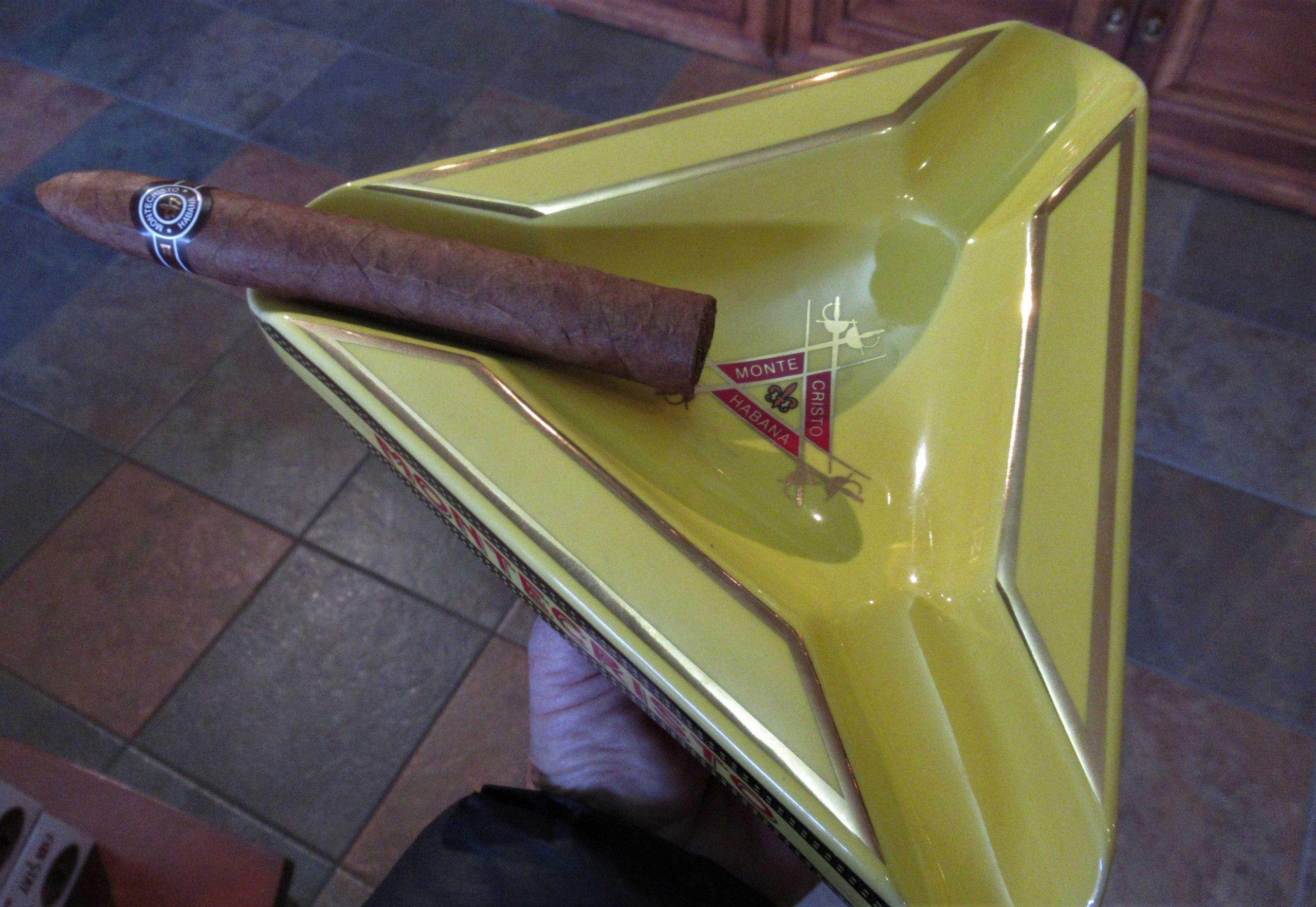 Package 3 - H Upmann Half Corona